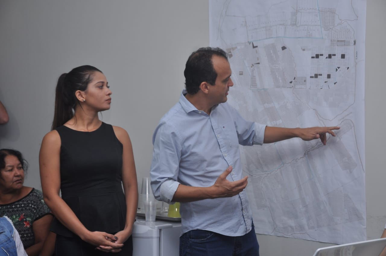 Prefeito de Porto Nacional apresenta projeto para nova orla de Luzimangues 87b8ba6628ed5