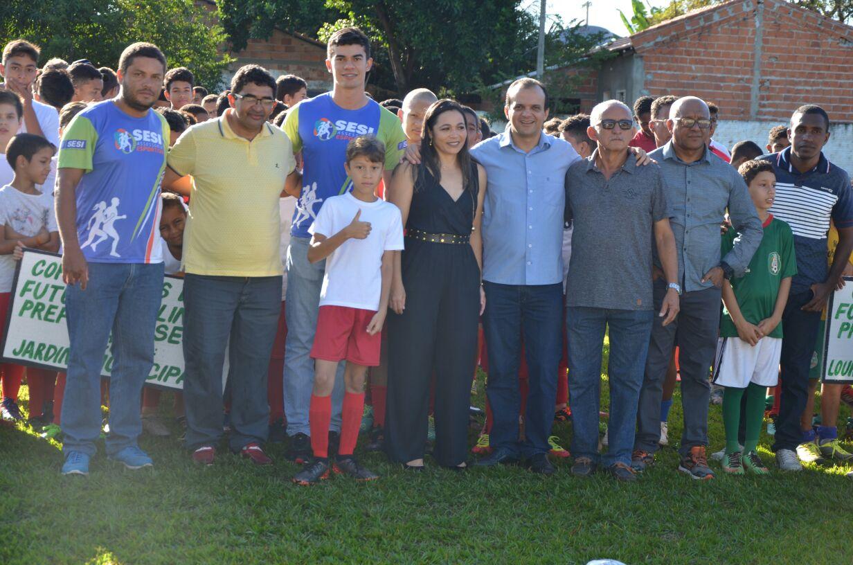 7ac8d0f094 Prefeitura de Porto Nacional realiza torneio de futebol com mais de 200  crianças em parceria com